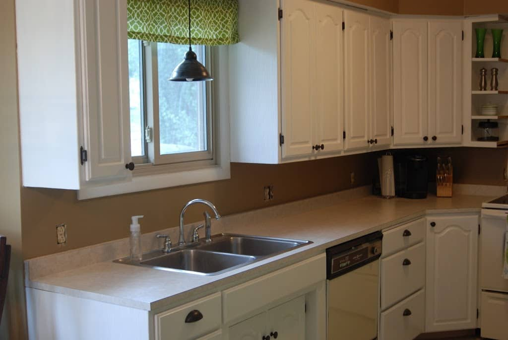 paint kitchen cabinets white painting kitchen cabinets with rustoleum cabinet 3943