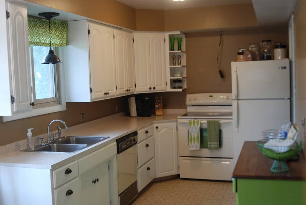 Painting Kitchen Cabinets With Rustoleum Cabinet Transformations