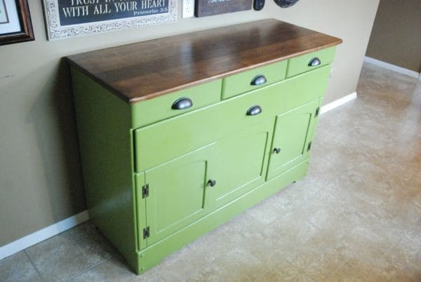 spray painted diy refinished green buffet. Black Bedroom Furniture Sets. Home Design Ideas