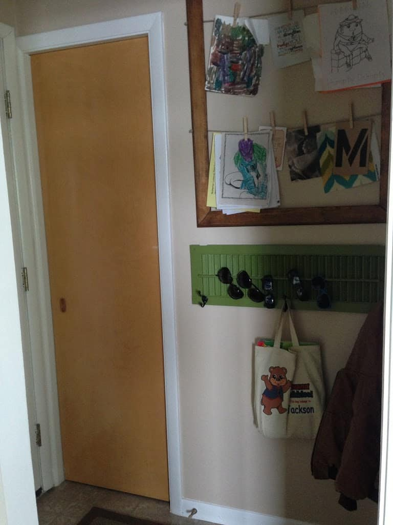Possibly the only \u201ccompletely finished space\u201d. Hallways count right? I\u0027ve got my chalkboard door my clothespin picture frame my shutter coat ... & DIY Chalkboard Pantry Door- Chalkboard Door with Chalkboard Paint