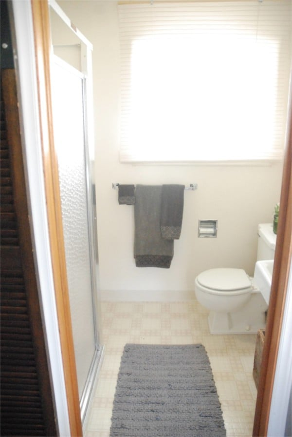Add a DIY Barn door to your bathroom