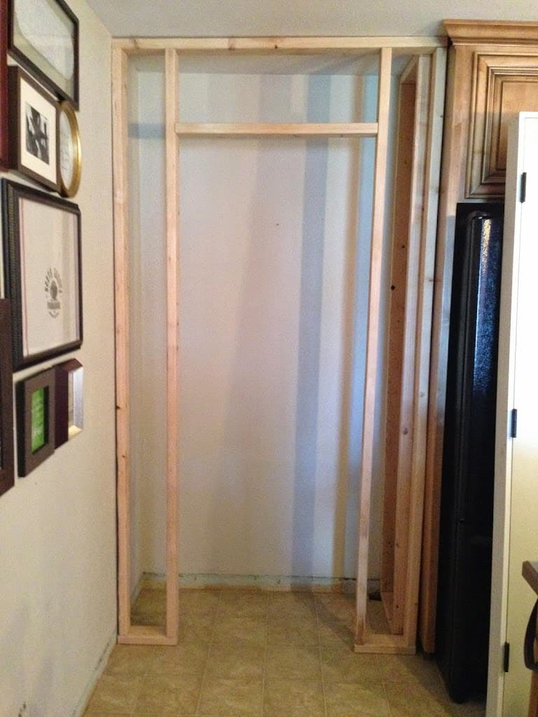 Built in kitchen pantry cabinet - How To Build A Kitchen Closet With A Swinging Door