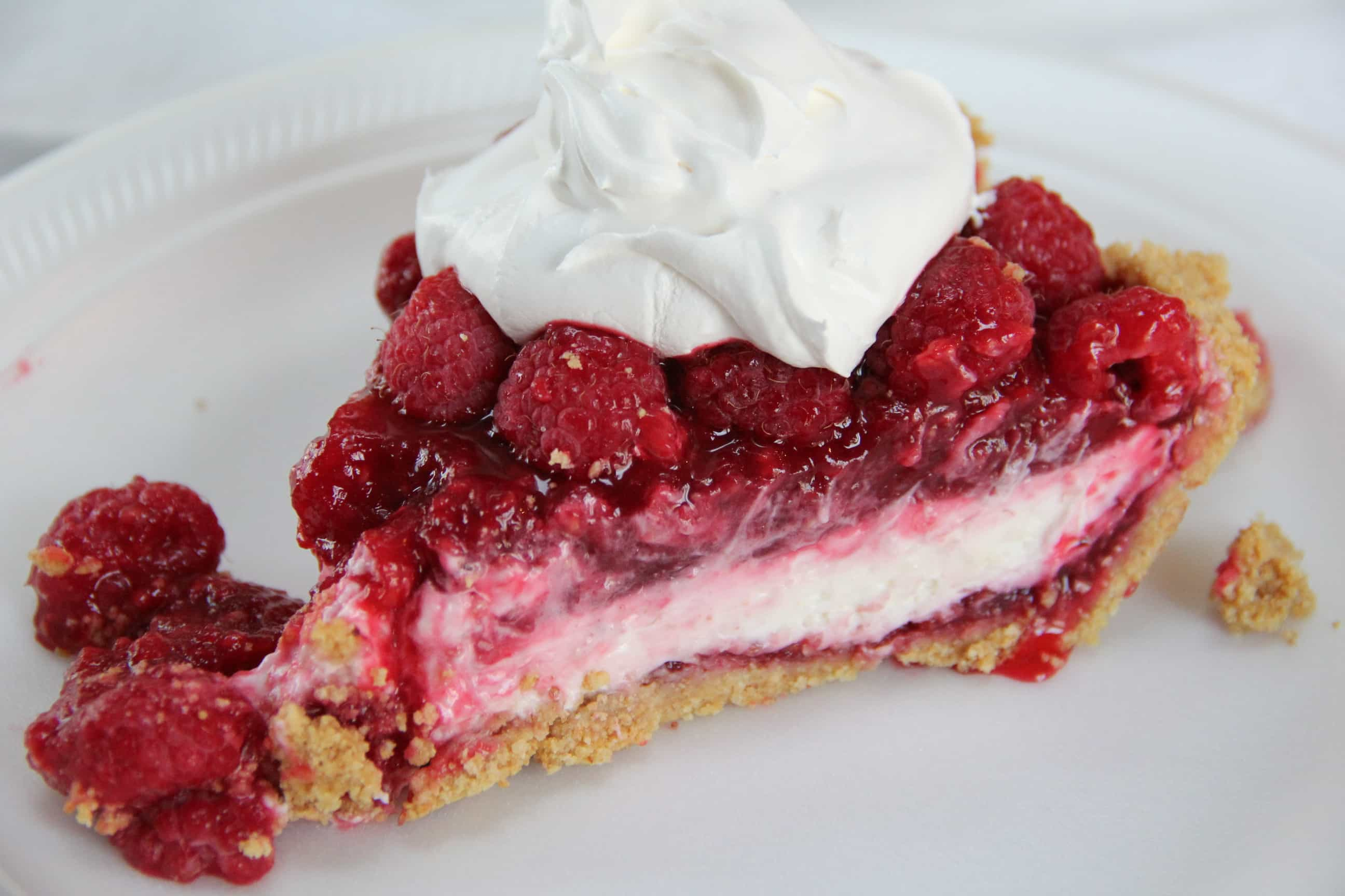 Raspberry Pie Recipe with Graham Cracker Crust and Whipped Layer