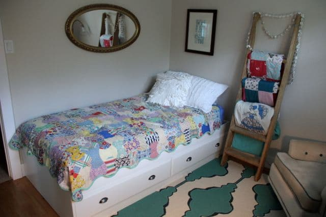 Vintage Modern Girl Bedroom with Vintage Ladder, Vintage Quilt, and Vintage Mirror