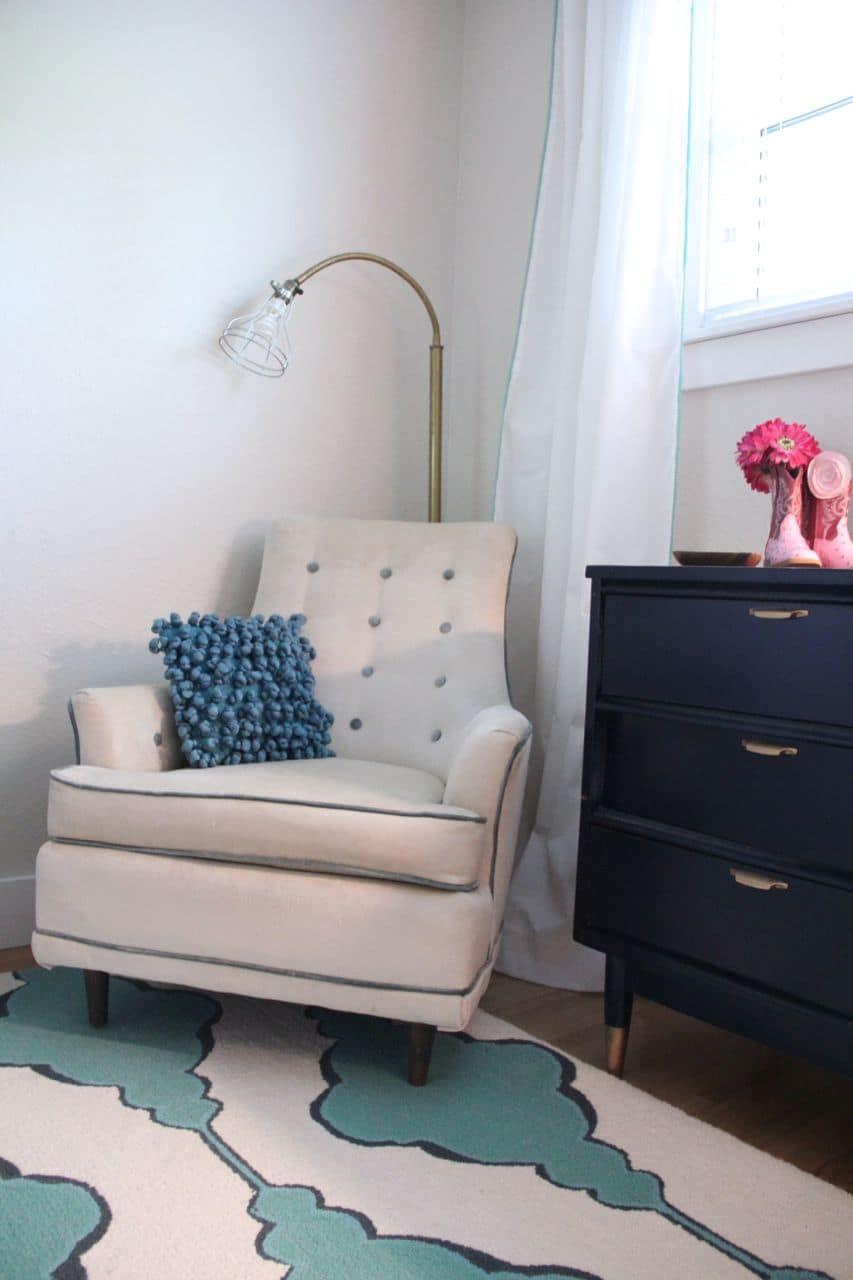 Granny Chic Vintage Modern Little Girl Bedroom