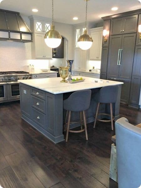 Two Tone Tuxedo Kitchen 8