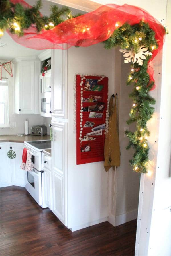 Vintage Modern Christmas Home Tour-15