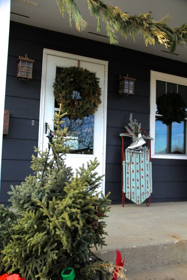 Vintage Modern Christmas Home Tour-31
