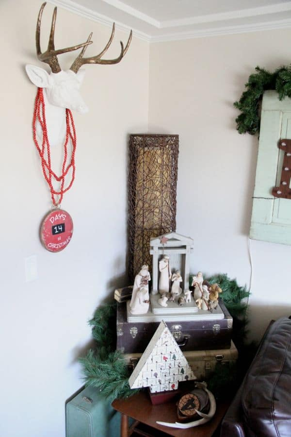 Vintage Modern Christmas Home Tour-7