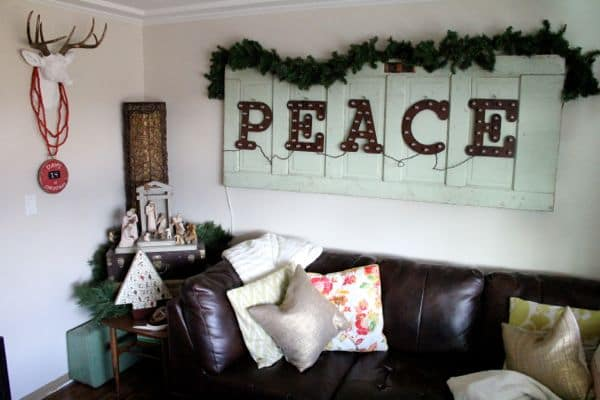 Vintage Modern Christmas Home Tour-8
