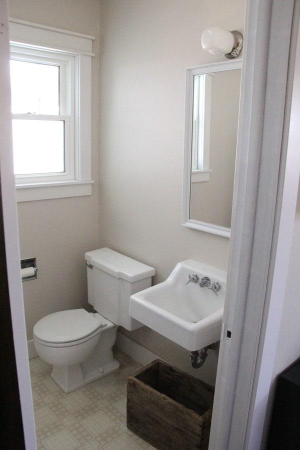 Modern Industrial Bathroom-2