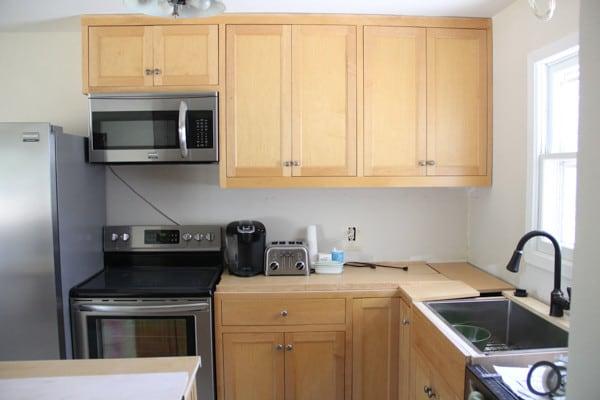 Craigslist Kitchen Cabinets-4 & Our Craigslist Kitchen Cabinets - Bright Green Door