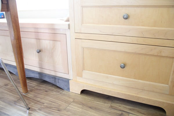 Built in Kitchen Cabinet Bench