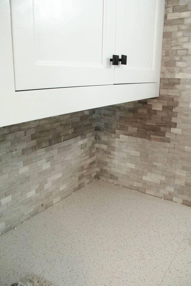 White and Grey Mosaic Tile Backsplash