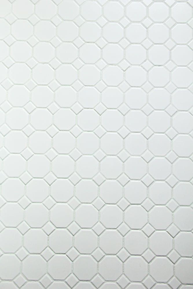 How to Brighten White Grout