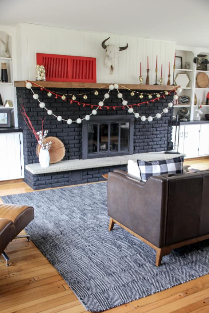 Modern Christmas Fireplace