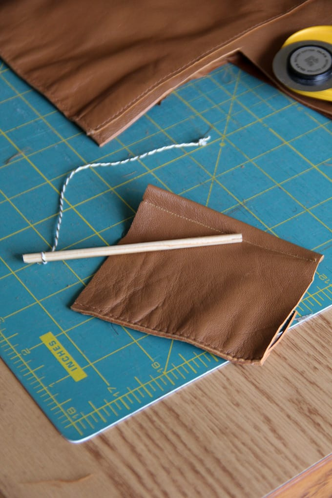 How to Make a Banner Ornament