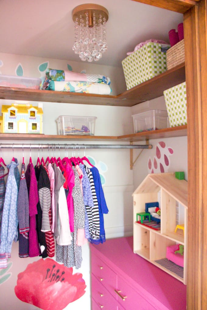 Pink Girls Closet
