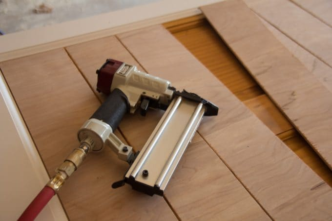 How to Build a DIY Barn Door
