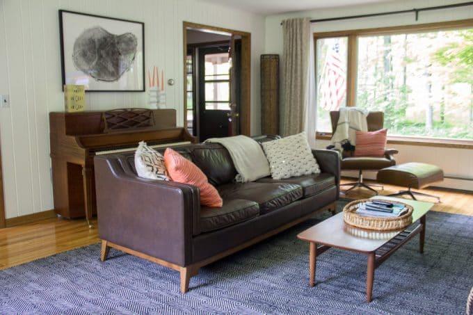 Article Worthington Sofa