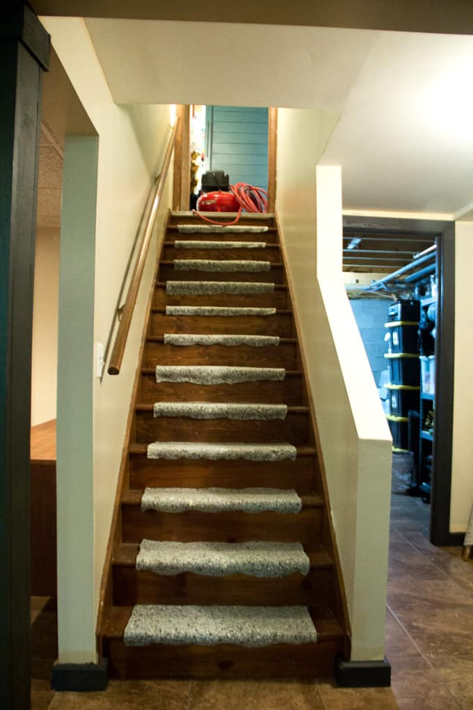 How to Install Stairway Carpet Pad
