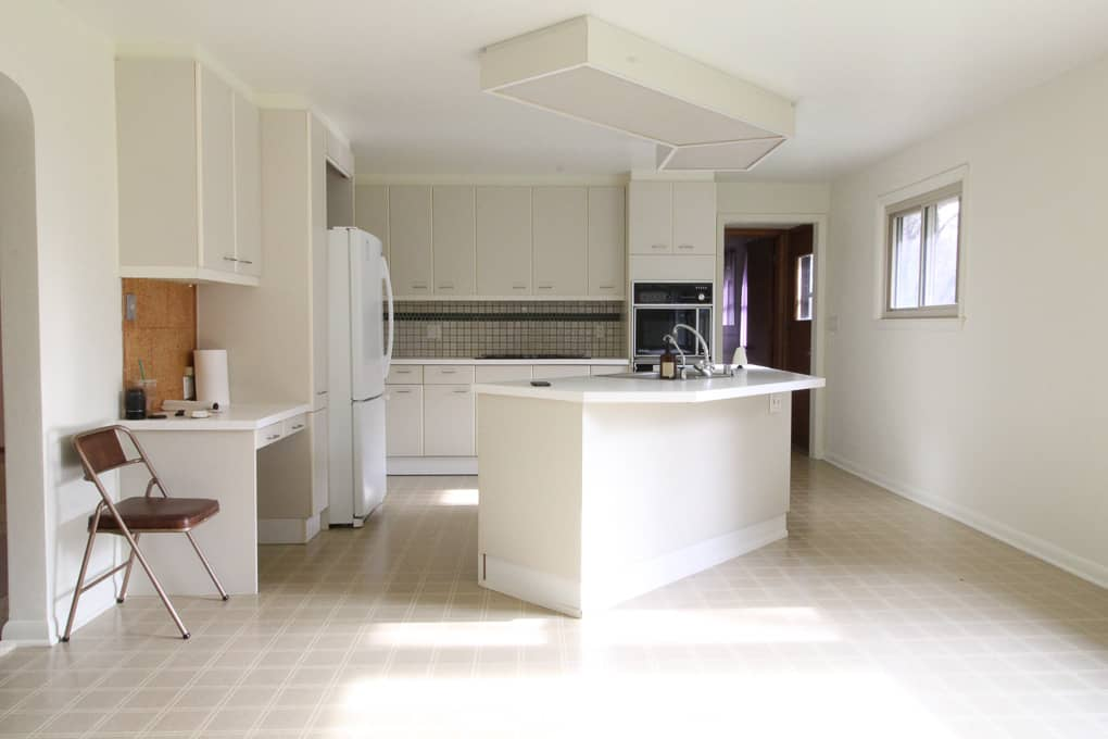 Kitchen with large Fluorescent Light Box