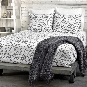 kinetic coverlet
