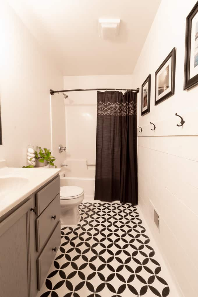 easy bathroom updates in a weekend