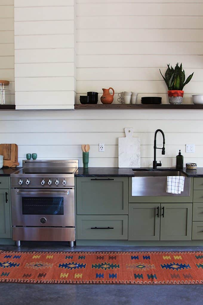 Tate Olive by Benjamin Moore