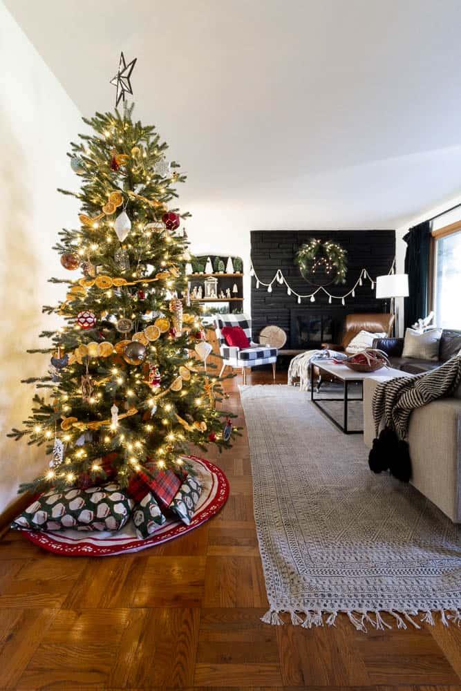 BrightGreenDoor Christmas Home Tour